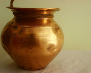 Storing water in copper vessel before drinking