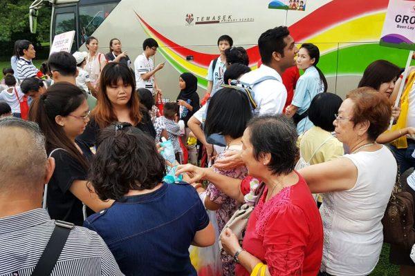 president-tony-tan-we-care-istana-party 2016-17