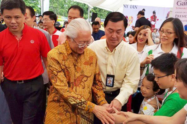 president-tony-tan-we-care-istana-party 2016-28